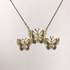 Jewelry - 925 silver brown butterflies connected necklace